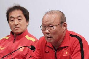 HLV Park: 'Thật căng thẳng trước kỳ vọng của CĐV Việt Nam'