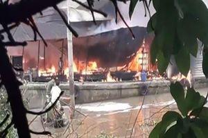 Cháy tàu bán dầu trên sông Tiền, một người tử vong