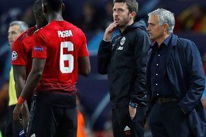 Vì sao HLV Mourinho run rẩy ngày trở về Stamford Bridge