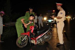 Nam thanh niên tử vong nghi tông trúng gia súc băng qua đường