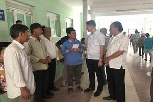 Vụ nổ tàu cá đảo Lý Sơn: Hỗ trợ các ngư dân gặp nạn