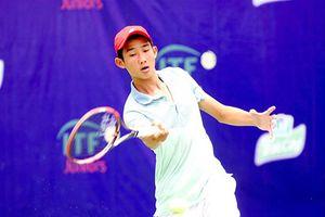 Nguyễn Văn Phương dừng chân ở tứ kết tennis