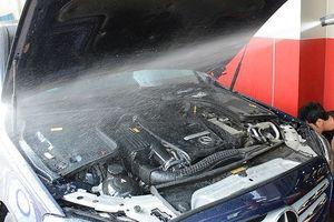 Có nên rửa động cơ xe ô tô?