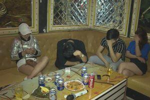 21 nam nữ thanh niên sử dụng ma túy tập thể trong quán karaoke