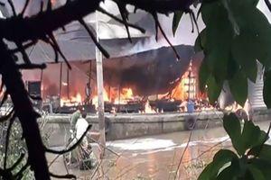 Bến Tre: Tàu dầu nổ trên sông 1 người tử vong
