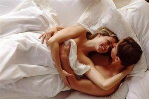 Những điều đàn ông muốn bạn làm khi 'yêu' nhưng không bao giờ nói ra