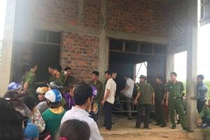Hà Tĩnh: Rúng động 4 người trong một gia đình chết trong tư thế thắt cổ