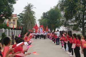 Diễn Châu - Nghệ An: Trường Tiểu học Diễn Nguyên hân hoan đón nhận trường chuẩn quốc gia mức độ 2