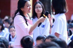 Bà Trần Uyên Phương: 'Thất bại – đứng dậy – đi tiếp và đừng bao giờ bỏ cuộc trước ngưỡng cửa vào đời'