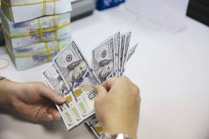 Kiểm soát tín dụng là cơ hội?