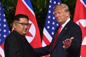 Dùng dằng thời điểm thượng đỉnh Mỹ-Triều