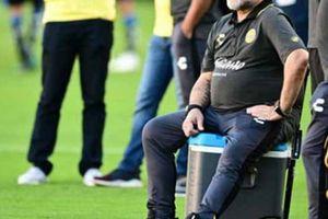 SỐC: Vì điều này, Maradona sắp phải sử dụng chân giả suốt phần đời còn lại