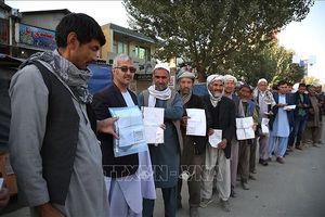 Tấn công bạo lực trong tổng tuyển cử ở Afghanistan