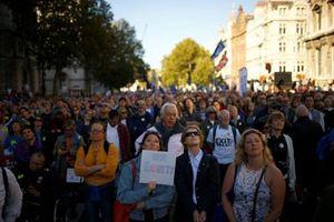 Brexit: Hàng trăm nghìn người biểu tình đòi cuộc trưng cầu dân ý lần 2
