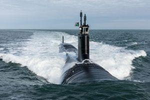 Mỹ hạ thủy cùng lúc hai tàu ngầm hạt nhân tấn công