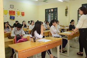 Học sinh và phụ huynh Hà Nội mong sớm công bố môn thi thứ 4