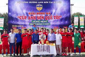 16 đội bóng tham dự giải 'Cup Anh Sơn quê tôi' tại Hà Nội