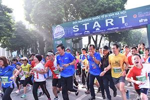 Hơn 2.600 vận động viên dự Giải marathon quốc tế Di sản Hà Nội