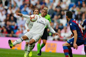 Real Madrid lập kỷ lục tệ nhất trong lịch sử