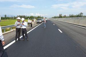 Xác nhận hoàn thành sửa chữa 'ổ gà' trên cao tốc Đà Nẵng-Quảng Ngãi