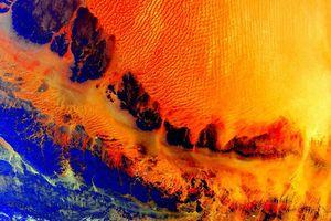 Trái đất đẹp không thể tin nổi dưới góc nhìn của phi hành gia trong gần một năm ngoài vũ trụ