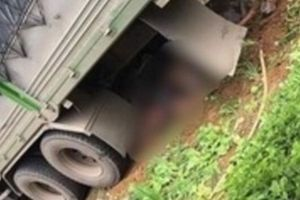 Ô tô tải mất lái lao vào nhà dân tông hai vợ chồng chủ nhà tử vong