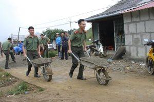Lào Cai: Công an tỉnh đầu tư làm đường hỗ trợ người dân nghèo