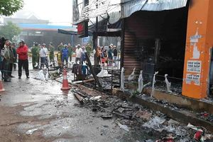 Cháy cửa hàng hoa tươi, 2 người chết, 1 bị thương
