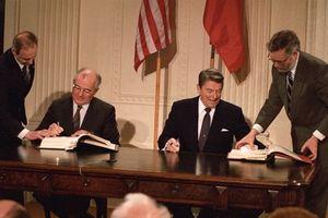 Ông Gorbachev cảnh báo Mỹ sai lầm rút khỏi Hiệp ước hạt nhân với Nga