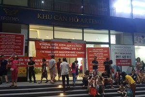 Cư dân chung cư cao cấp ở Hà Nội bị cắt điện, nước vì treo băng rôn 'tố' chủ đầu tư?