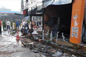 Hỏa hoạn thiêu rụi cửa hàng hoa, 2 thiếu nữ chết ngạt