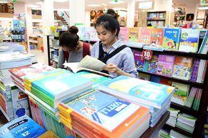 Dùng SGK hiện hành thực hiện giáo dục phổ thông mới được không?