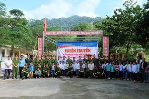 Chương trình tình nguyện 'Ấm tình quân dân' tại Lạc Sơn, Hòa Bình