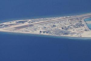 Đi nước cờ quân sự chưa từng có, Trung Quốc, ASEAN khiến Biển Đông 'lặng sóng'?