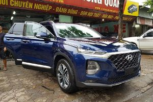 Hyundai Santafe 2019 bất ngờ xuất hiện ở Hà Nội