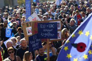 Brexit đi vào ngõ cụt, dân Anh muốn bỏ phiếu lần hai để ở lại châu Âu