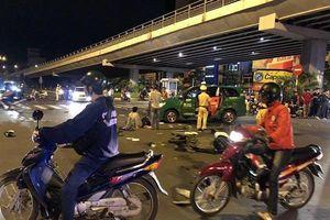 Nữ tài xế lái BMW tông 10 xe máy ở Sài Gòn, người bị thương nằm la liệt trên đường