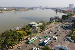 Ông chủ kín tiếng của dự án Buýt sông Sài Gòn