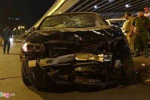 BMW tông gần chục xe máy ở TP.HCM khiến 1 người chết, 7 người khác bị thương