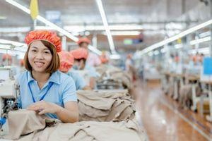 Xuất khẩu dệt may hoàn thành 79% kế hoạch năm, tiến gần đích 35 tỷ USD