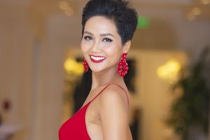 Hoa hậu H'Hen Niê: Tôi trả gần hết nợ cho bố mẹ, sắp tới sẽ sửa nhà
