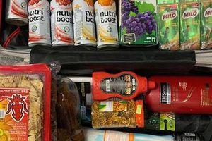 Văn Thanh mang mì gói, nước mắm sang Hàn Quốc ở cùng Tuấn Anh