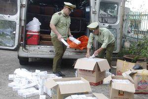 Bắt giữ 2.500 bao thuốc lậu trên đường đi tiêu thụ