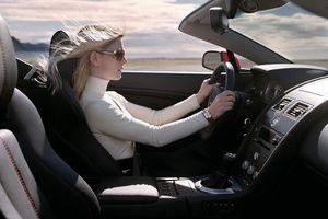 Lái xe: Một giây ngủ gật là hối hận cả đời