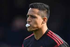 MU loại Sanchez, gọi cầu thủ 18 tuổi đấu Juventus