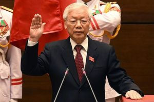 Tổng bí thư được bầu làm Chủ tịch nước với 99,79% phiếu