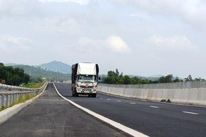 Hàng loạt điểm 'sạn' trên đường cao tốc Đà Nẵng – Quảng Ngãi