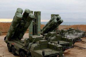 Bộ Quốc phòng Nga được trang bị thêm một tổ hợp tên lửa S-400 Triumf