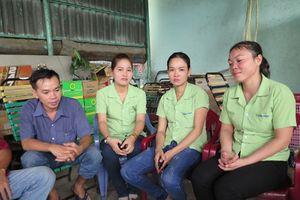 Nhiều công nhân đình công vì bất ngờ bị cho thôi việc