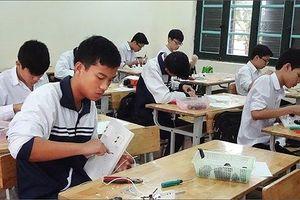 Giáo viên, phụ huynh và học sinh vui mừng vì bỏ điểm khuyến khích nghề